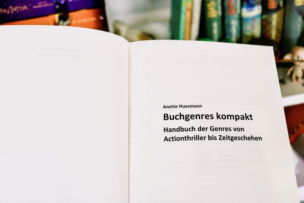 Buchgenres kompakt Titelblatt