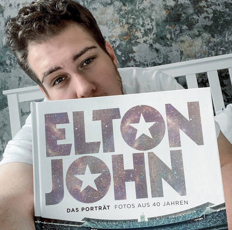 Elton John Fotos aus 40 Jahren
